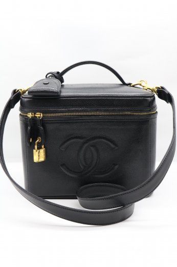 【vintage】CHANEL / caviar skin leather COCO mark stitch vanity bag / black