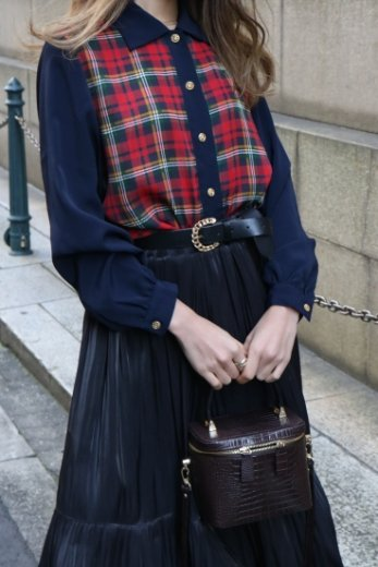 【vintage】cut away collar tartan check pattern blouse