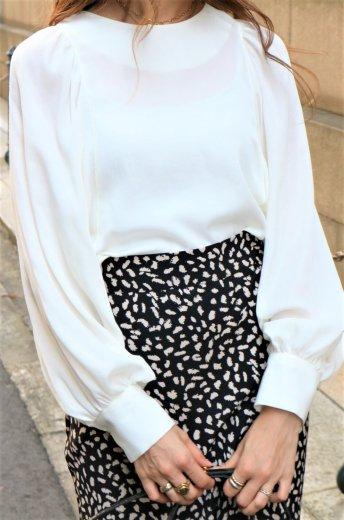 round neck dolman sleeve blouse / white