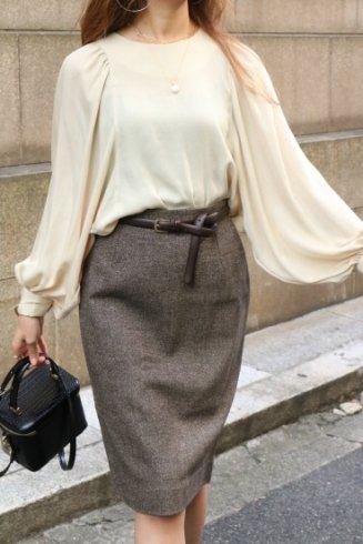 round neck dolman sleeve blouse / beige