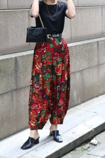 <img class='new_mark_img1' src='https://img.shop-pro.jp/img/new/icons14.gif' style='border:none;display:inline;margin:0px;padding:0px;width:auto;' />【vintage】KENZO / floral balloon pants