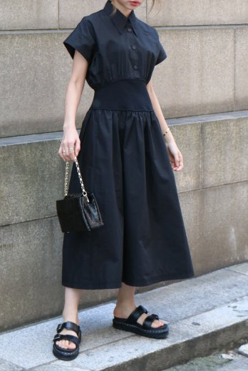 <img class='new_mark_img1' src='https://img.shop-pro.jp/img/new/icons14.gif' style='border:none;display:inline;margin:0px;padding:0px;width:auto;' />barrymore collar waist rib cotton flare dress