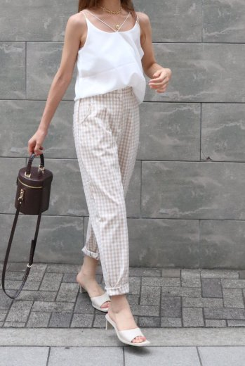 <img class='new_mark_img1' src='https://img.shop-pro.jp/img/new/icons14.gif' style='border:none;display:inline;margin:0px;padding:0px;width:auto;' />gingham check tepered pants / beige
