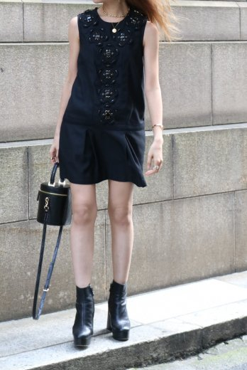 【vintage】round neck black bijou decoration sleeveless dress