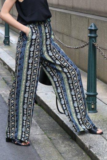paisley satin easy pants / black