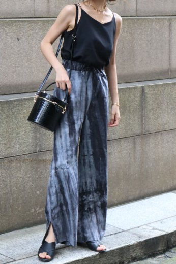 side slit tie-dye easy pants / black