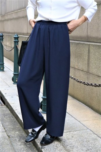 <img class='new_mark_img1' src='https://img.shop-pro.jp/img/new/icons14.gif' style='border:none;display:inline;margin:0px;padding:0px;width:auto;' />【vintage】GIVENCHY / front tuck slacks