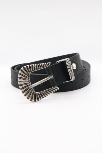 <img class='new_mark_img1' src='https://img.shop-pro.jp/img/new/icons14.gif' style='border:none;display:inline;margin:0px;padding:0px;width:auto;' />edge design silver buckle fake leather belt