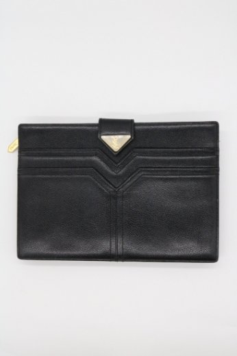 <img class='new_mark_img1' src='https://img.shop-pro.jp/img/new/icons14.gif' style='border:none;display:inline;margin:0px;padding:0px;width:auto;' />【vintage】Yves Saint Laurent / YSL logo leather clutch bag