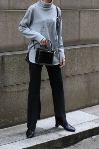 <img class='new_mark_img1' src='https://img.shop-pro.jp/img/new/icons14.gif' style='border:none;display:inline;margin:0px;padding:0px;width:auto;' />【vintage】KENZO / multi color logo turtle neck rib knit tops