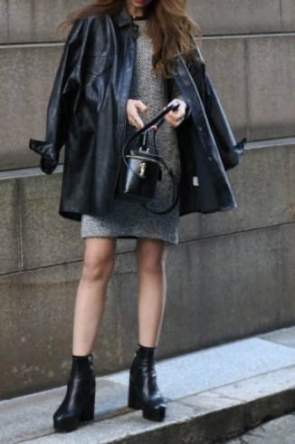 short point collar over silhouette fake leather jacket shirt (belt ribbon set) / black