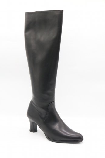 <img class='new_mark_img1' src='https://img.shop-pro.jp/img/new/icons14.gif' style='border:none;display:inline;margin:0px;padding:0px;width:auto;' />【vintage】Yves Saint Laurent / pointed toe heel boots