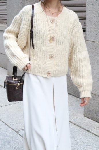marble button volume sleeves short knit cardigan / ivory