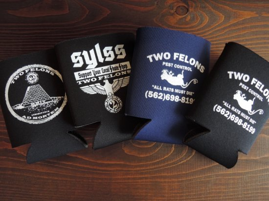 TWO FELONS SKATE SHOP ツーフェロンズ  Coozie 缶クージー