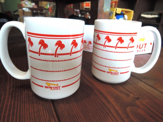 IN-N-OUT BURGER インナウト WHITE COFFEE MUG マグカップ
