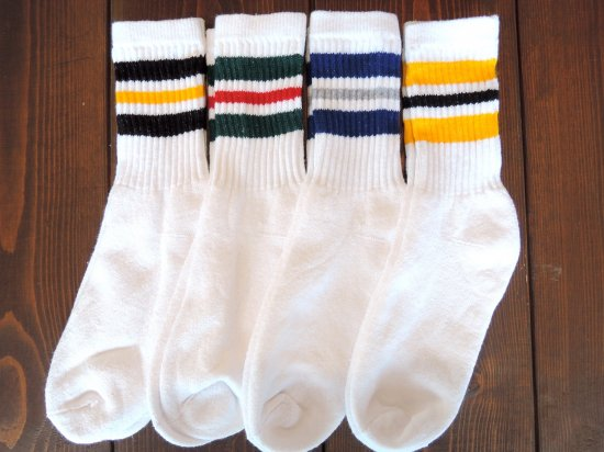 <img class='new_mark_img1' src='https://img.shop-pro.jp/img/new/icons53.gif' style='border:none;display:inline;margin:0px;padding:0px;width:auto;' />MEN'S  CREW  SOCKS ライン入りクルーソックス  4カラーライン WHITE ホワイト 4足組 黄黒青緑