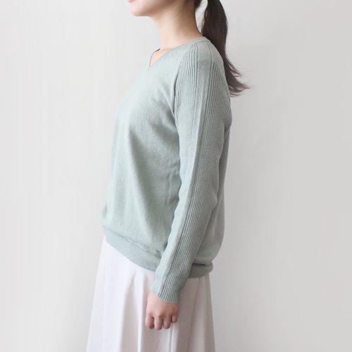 無縫製Vネックリブ袖セーター / オーガニックコットン