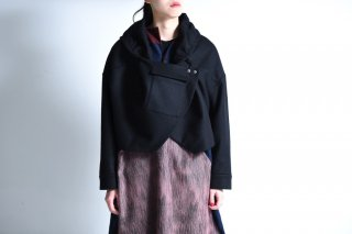 NOT by Ka na ta  short coat wool black