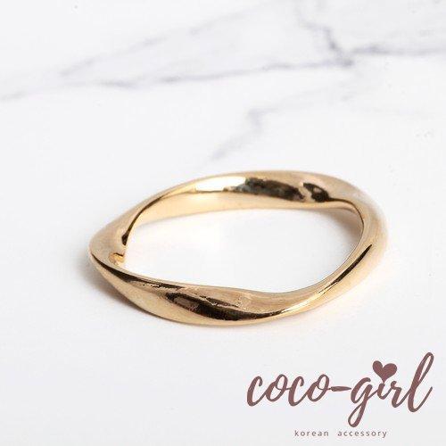 即納 韓国 アクセサリー 指輪 リング ゴールド ねじれ 大人かわいい 華奢 上品 韓国ファッション オルチャン ブライダル 結婚式 二次会 パーティー RIG0003