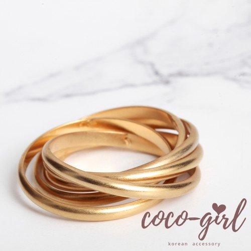 即納 韓国 アクセサリー 指輪 リング ゴールド ねじれ 4連 重ねづけ 多重リング 大人かわいい 上品 韓国ファッション オルチャン ブライダル 結婚式 二次会 パーティー
