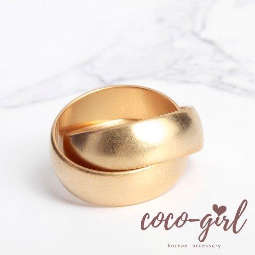 即納 韓国 アクセサリー 指輪 リング 重ねづけ 多重リング クロスデザイン ゴールド 太め 大きめ 大人かわいい カジュアル 韓国ファッション オルチャン ブライダル 結婚式 二次会 パーティー R