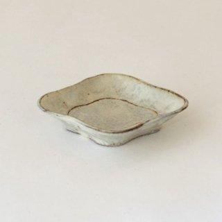 平野日奈子 粉引菱形豆皿