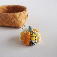 北欧ファブリックのかぼちゃピンクッション/オレンジ A