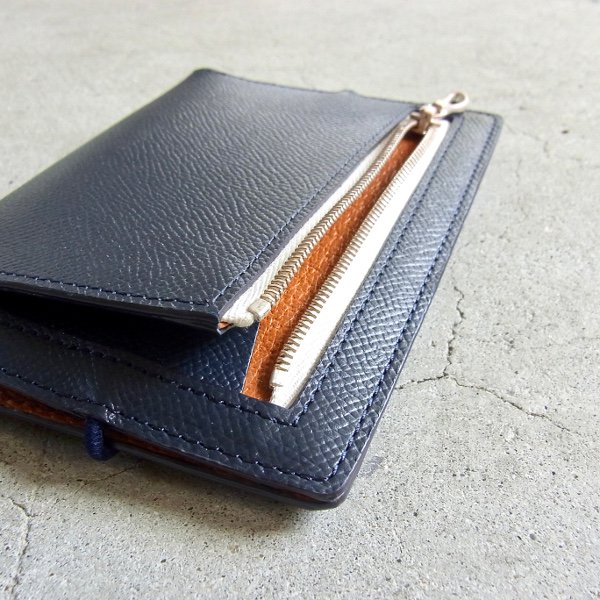 DIGAWEL | PASSPORT CASE CALF LEATHER(NAVY)