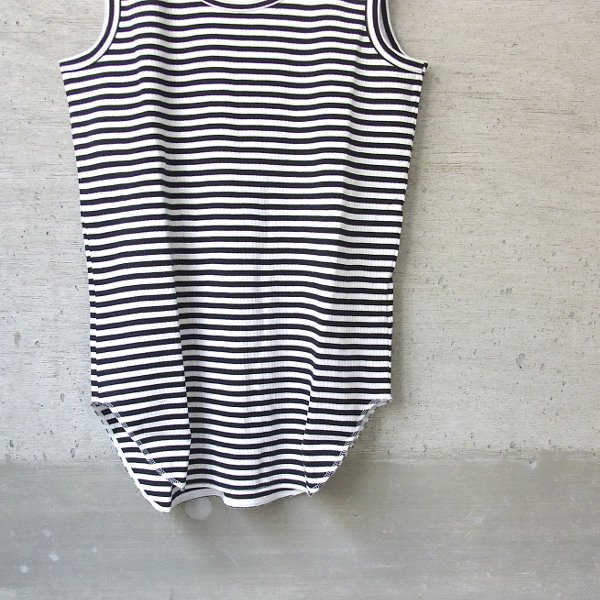CURLY | AZTEC BORDER TANK(WHITE x BLACK)