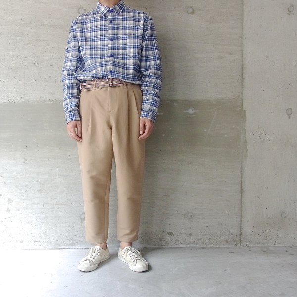 DIGAWEL | 2TUCK TAPERED PANTS(CAMEL)