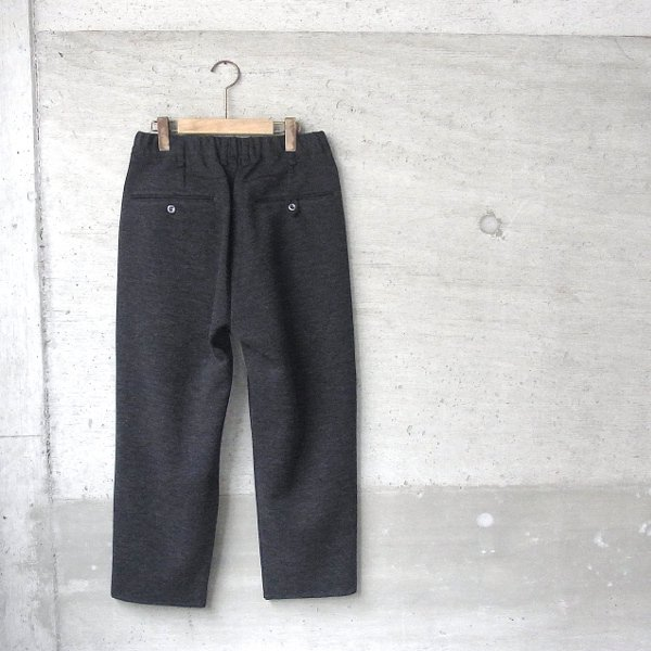 CURLY | FROSTED WIDE TROUSERS(CHARCOAL)