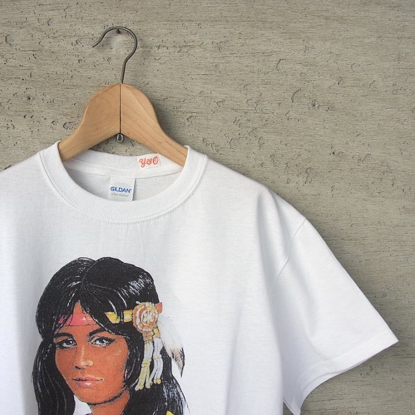 YOUNG & OLSEN The DRYGOODS STORE | AMERICAN PRINTED TEE(NAVAJO GIRL)