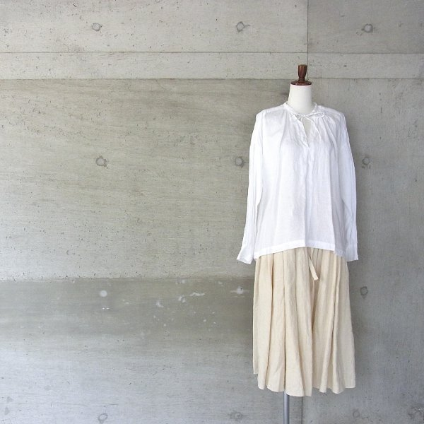Ordinary fits | FLORIST BLOUSE linen(OFF)