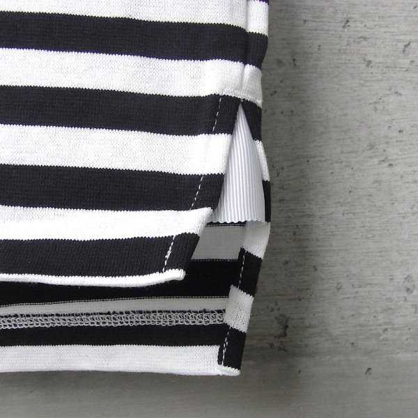 CURLY | ADVANCE HS BORDER TEE(WHITE x BLACK)