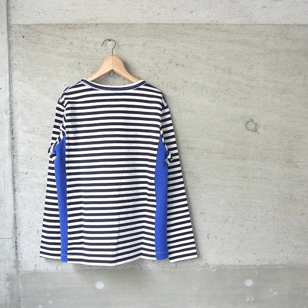 CURLY | CONFUSED LS BORDER TEE(BLACK/BLUE)
