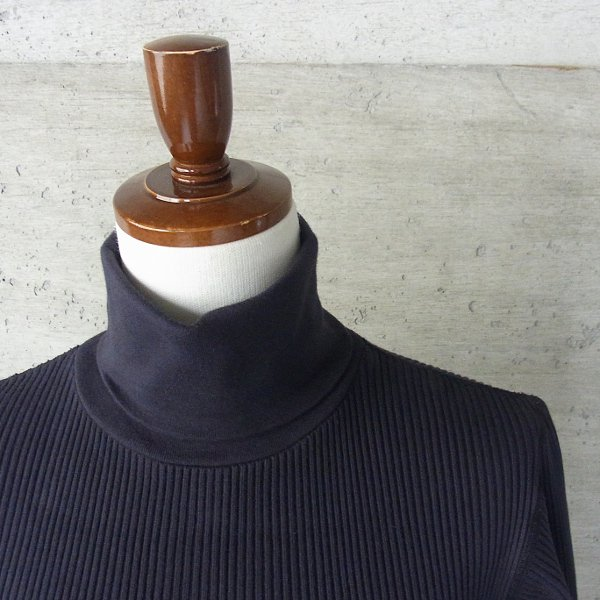 YOUNG & OLSEN The DRYGOODS STORE | ZINC RIB TURTLE NECK(BLACK)