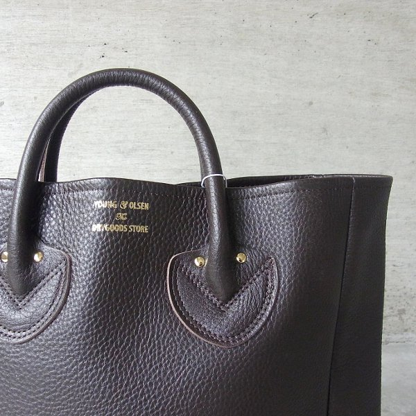 YOUNG & OLSEN The DRYGOODS STORE | EMBOSSED LEATHER TOTE M(DARK BROWN)