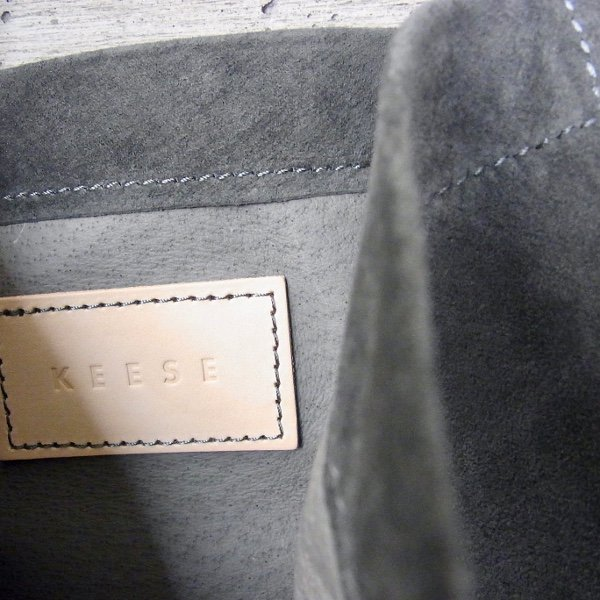 KEESE | PIG SHOULDER M(DARK GRAY)