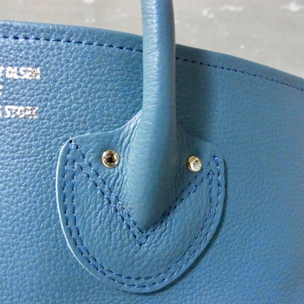 【予約商品】YOUNG & OLSEN The DRYGOODS STORE | EMBOSSED LEATHER TOTE M(HYDRO)