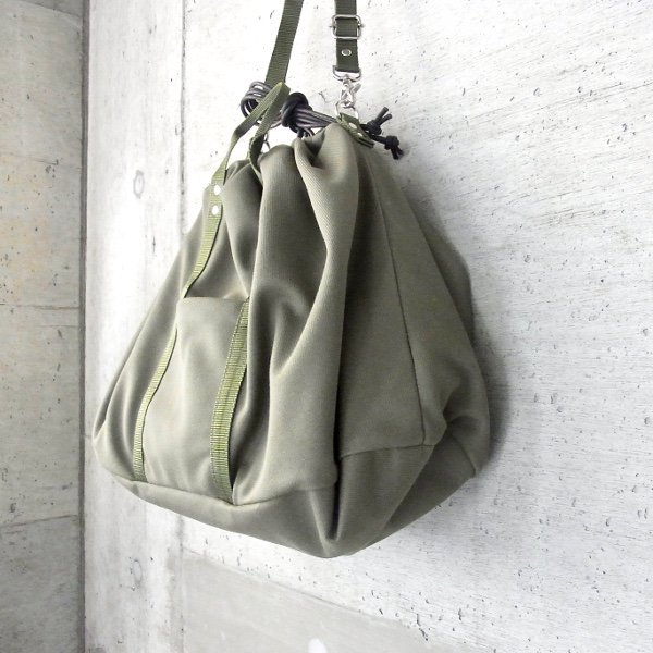 CURLY | NOMADIC PURSE SHOULDER(OLIVE)