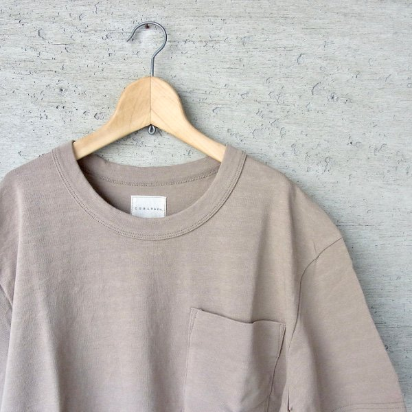 CURLY | AZTEC CN POCKET TEE(TAUPE)