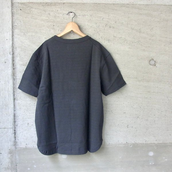 CURLY | AZTEC CN POCKET TEE(INK BLACK)