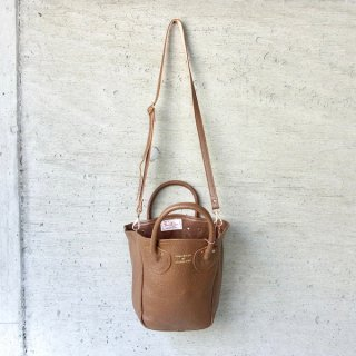 YOUNG & OLSEN The DRYGOODS STORE | PETITE LEATHER TOTE(BROWN)