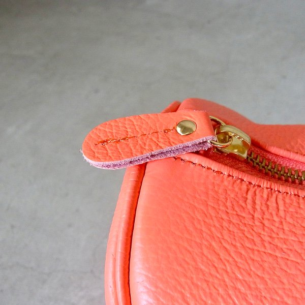 YOUNG & OLSEN The DRYGOODS STORE | EMBOSSED LEATHER BOSTON M(FUCHSIA)