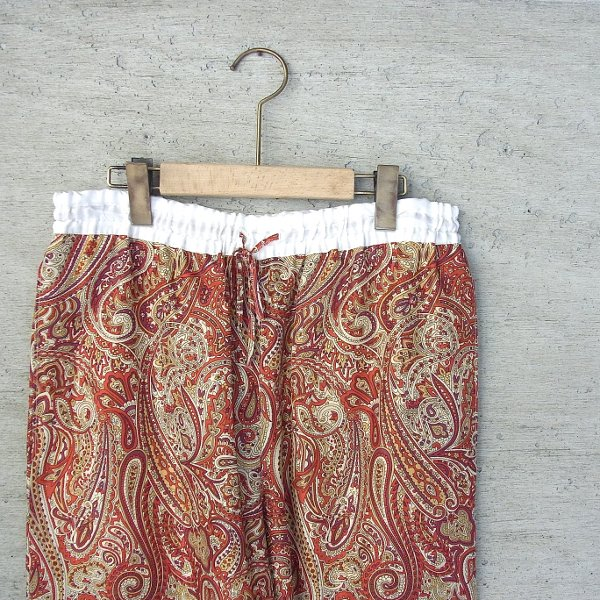 DIGAWEL | SILK PAISLEY WIDE PANTS(RED)