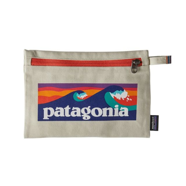<b>PATAGONIA</b><br>zippered pouch