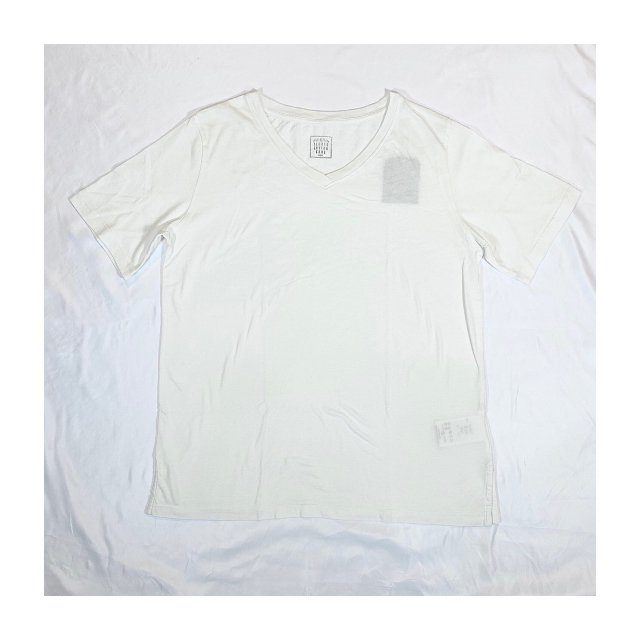 <img class='new_mark_img1' src='//img.shop-pro.jp/img/new/icons16.gif' style='border:none;display:inline;margin:0px;padding:0px;width:auto;' />GARMENT-DYE SS V NECK