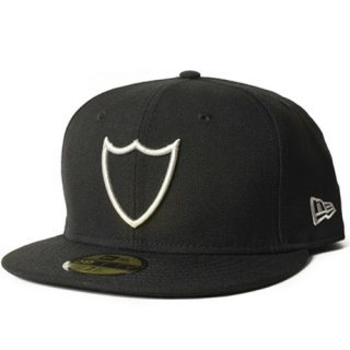 <img class='new_mark_img1' src='https://img.shop-pro.jp/img/new/icons50.gif' style='border:none;display:inline;margin:0px;padding:0px;width:auto;' />NEW ERA × HTC 20th Anniversary 59FIFTY Cap エイチティーシー