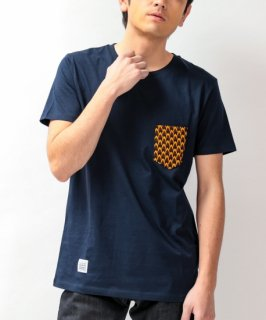 【Le Petit DAKAROIS/ル プチ ダカロワ】アフリカンバティック ポケットTシャツ(ネイビー4)<img class='new_mark_img2' src='https://img.shop-pro.jp/img/new/icons20.gif' style='border:none;display:inline;margin:0px;padding:0px;width:auto;' />
