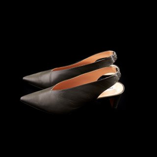 <SALE>POINTED SANDALS